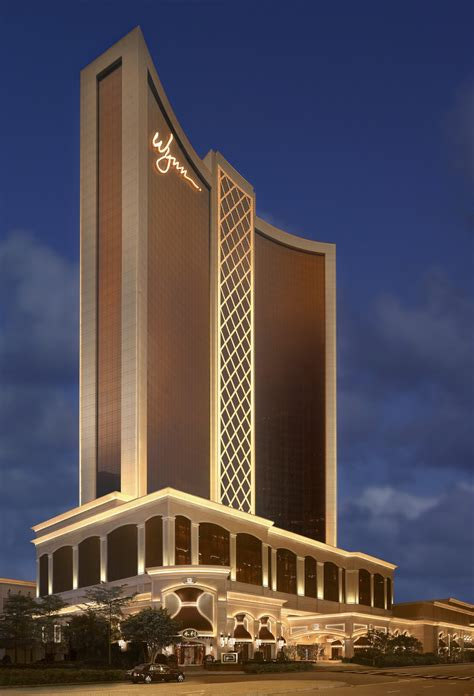 Our Hospitality Leaders : Biography of Steve Wynn, The