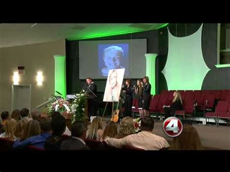 Funeral held for country star Mindy McCready - YouTube