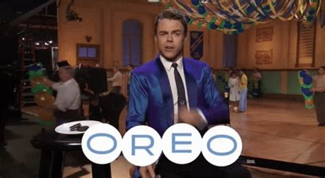 Oreo GIFs - Find & Share on GIPHY