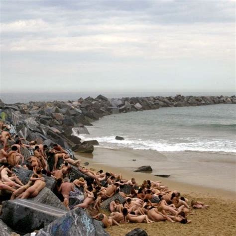 Hundreds of naked volunteers pose for Spencer Tunick at