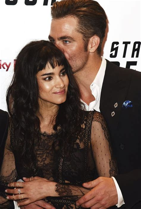 chris pine hunk - Google-keresés | Sofia boutella, Chris